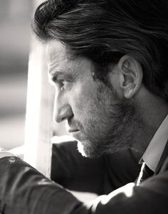 Gerard Butler: Hollywood's Last Bad Boy :: Articles :: LA Confidential Magazine (older article but a great read)