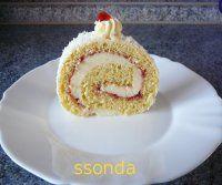 Sametová roláda jako sen | Mimibazar.cz Birthday Candles, Rolls, Breakfast, Cake, Food, Decor, Morning Coffee, Decoration, Buns