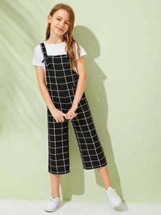 Girls Pocket Front Grid Culottes Jumpsuit With Strap – Kidenhouse Teenage Girl Outfits, Dresses Kids Girl, Kids Outfits Girls, Girls Fashion Clothes, Tween Fashion, Cute Outfits For Kids, Teen Fashion Outfits, Cute Casual Outfits, Cute Girl Outfits