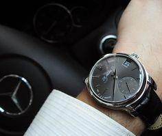 H. Moser & Cie Moser Perpetual 1 Platinum