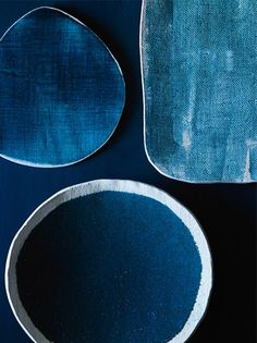 Beautiful hand made porcelain and stoneware pieces by Michele Michael, a home design editor and prop stylist who began making her own ceramics when she couldn't find what she wanted for photo shoots. Available from her shop, elephant ceramics. I, in particular like the cloth like texture of the ceramics, in this photo it reminds me of jeans.