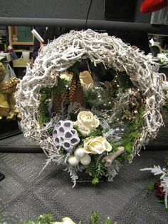 Christmas wreath....could add sea shells and other ornaments...