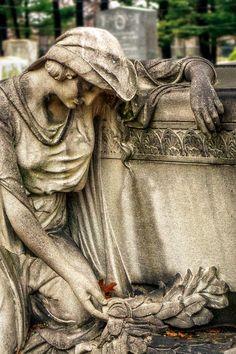 Woodlawn Cemetery Bronx