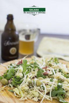 Salada de couscous, rúcula, presunto, rebentos... E mais coisas super saborosas.