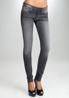 Signature Stretch Skinny Jean Dust Grey