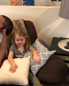 She's holding Baby for the first time Cute Funny Babies, Funny Kids, Funny Cute, Funny Videos For Kids, Cute Baby Videos, Videos Funny, Cute Baby Pictures, Baby Photos, Cute Little Baby