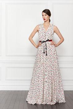 Fashion Show: Carolina Herrera Pre-Fall 2013