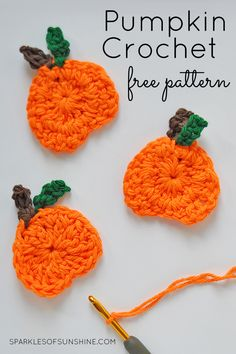 Check out this cute pumpkin crochet free pattern perfect for fall. Attach it to a pillow, make a garland, you choose how to use this crochet pumpkin. Baby Afghan Crochet Patterns, Crochet Snowflake Pattern, Crochet Slipper Pattern, Crochet Pillow Pattern, Vintage Crochet Patterns, Crochet Motif, Free Crochet, Crochet Appliques, Crochet Bracelet Pattern