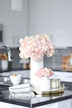 The Best Faux Flowers – How to Style Them & Where to Buy Them