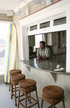 Beach-Style Bar For Your Screened-In Porch