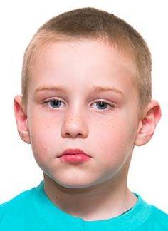 Дима Ишалин, 6 лет, двусторонняя тугоухость 3–4-й степени, требуются слуховые аппараты. 132274 руб.