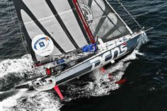 "Vendée Globe: Eric Bellion compró el IMOCA 60 ""DCNS"""