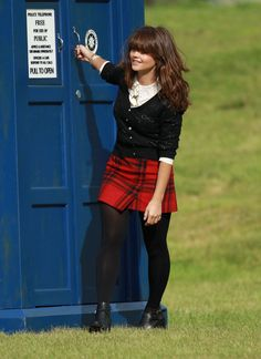 Clara Oswald- Doctor Who Clara Oswald Clothes, Clara Oswald Outfits, Jenna Coleman, Couture, Plaid Dress, Doctor Who, Formal, Style Me, Celebs