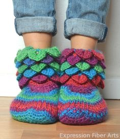 crocodile stitch crochet booties pattern. Possibly The Cutest Booties I've Ever Seen!