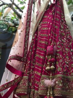 Designer Bridal Lehenga, Indian Bridal Lehenga, Indian Bridal Wear, Bride Indian, Desi Wedding Dresses, Wedding Lehanga, Bridal Dresses, Indian Fashion Dresses, Indian Outfits