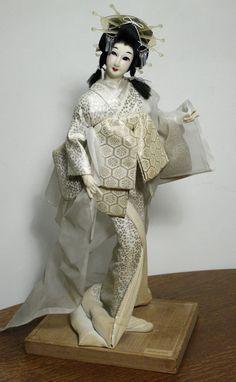 "Vintage Nishi ""Snow Queen"" Japanese Geisha Doll Kimono Wood Base Beautiful | eBay"
