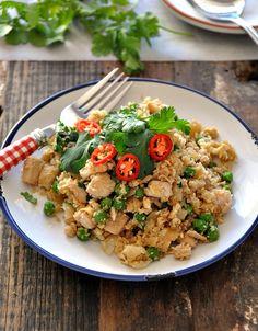 """Roast Chicken, Peas & Coriander Fried Cauliflower """"Rice"""" @FussFreeCooking #healthy #cauliflower #friedrice"""