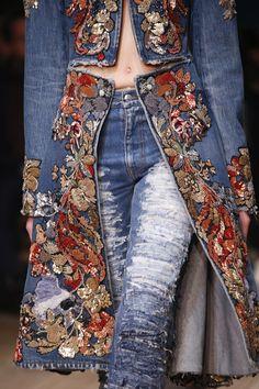 Alexander McQueen, Look #95 Spring 2016 rtw