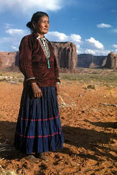 Navajo woman in traditional wear. ♡*Thank You For Following Me!*♡ No pin limits for followers. My pins are your pins. Feel free to repin whatever you want and as much as you want. Please visit often and pin freely anytime.❤️ GOD BLESS YOU! Please Visit me at → https://www.pinterest.com/imjollyollie/
