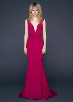 See the complete Reem Acra Pre-Fall 2016 collection.