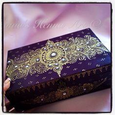 Henna jewellery box by Sonia's Henna Art - hand crafted , decorated , painted - Toronto Artist - Art
