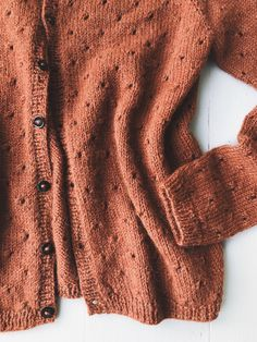 Annas Cardigan My Size pattern by PetiteKnit 2019 Ravelry: Anna's Cardigan My Size pattern by PetiteKnit The post Annas Cardigan My Size pattern by PetiteKnit 2019 appeared first on Lace Diy. Easy Sweater Knitting Patterns, Knit Cardigan Pattern, Lace Cardigan, Knit Patterns, Cardigan Outfits, Anna, Ravelry, Lace Fabric, Garter Stitch