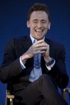 Tom Hiddleston laughing/eheheheing... x