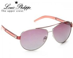Now you have the opportunity to experiment your look with full rimmed and light purple coloured sunglasses that features the ultimate sophistication. Enhance your manly charm by wearing this sunglasses from Louis Philippe. This Wayfarer will accentuate your personality in a distinct way.