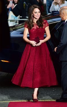 Even the Duchess of Cambridge Can't Resist This Huge Spring Trend via @WhoWhatWearUK