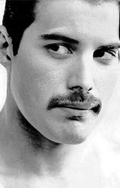 Read Imagine 13 from the story Freddie Mercury One-Shots by JustVerySlightlyMad with 645 reads. one-shots, freddiemercury, imagines. Imagine having a bad a. Freddie Mercury, Queen Freddie, Queen Pictures, Lily James, Smooth Jazz, John Deacon, Beautiful Voice, Record Producer, David Bowie