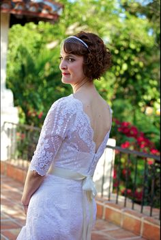 A vintage wedding in Miami 1.26.13 -- the bride from 3/4 back view