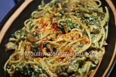 spaghetti spinach & mushrooms with creamy garlic sauce - dairy free