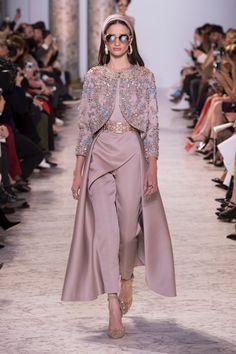 Libanonski dizajner je na Tjednu visoke mode u Parizu predstavio zanosne kreacije koje su vjerno prikazale sjaj i blještavilo Egipta