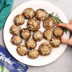 These Vegetarian Stuffed Mushrooms are perfect to serve as appetizers at your next holiday gathering They are flavorful cheesy crowd pleasing finger foods Mushroom Recipes Side Dishes Holiday Snacks Thanksgiving Christmas Recipes Finger Food Appetizers, Healthy Appetizers, Appetizer Recipes, Finger Foods, Dinner Recipes, Finger Food Recipes, Snacks Recipes, Best Thanksgiving Side Dishes, Stuffing Recipes For Thanksgiving