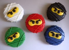 Lego NinjaGo sugar cookies 1 dozen by MarianasBakery on Etsy Bolo Ninjago, Lego Ninjago Cake, Ninjago Party, Lego Party Favors, Candy Bar Party, Cakepops, Oreo Cookie Pops, Oreo Cookies, Sugar Cookies