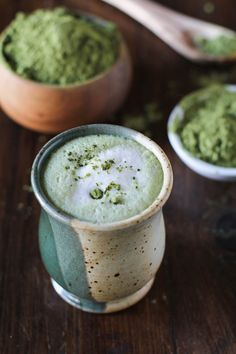 Green Tea Matcha Latte | dairy-free, naturally sweetened, and full of antioxidants! #vegan #greentea