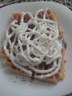 Najlepsie jedlo na svete wafle roztopene maslo granko a slahacka 👌👌👌