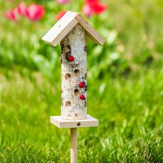 Provide shelter for the ladybugs in your garden with this habitat that features a birch log design for appealing natural texture. Farm Gardens, Outdoor Gardens, Ladybug House, Bug Hotel, Wood Burning Crafts, Bird Boxes, Beneficial Insects, All Birds, Garden Pests