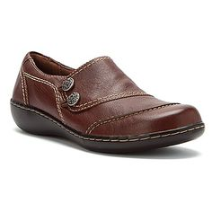 Clarks Ashland Alpine Mid Brown - possible shoe for jeans