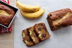 Contient deux fois plus de protéines qu'un pain aux bananes traditionnel! Valeur Nutritive, Calories, Banana Bread, Prepping, Nutrition, Sweets, Breakfast, Bread Mould, Sugar Free Deserts