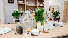 Jeśli szukasz pomysłu na oryginalną aranżację wiosennego stołu, odwiedź nasz salon w Zielonej Górze. Znajdziesz tam wiele inspiracji i dobierzesz efektowne dekoracje. #vox #wystrój #wnętrze #aranżacja #urządzanie #inspiracje #projektowanie #projekt #remont #pomysły #pomysł #design #room #home #meble #pokój #pokoj #dom #mieszkanie #jasne #oryginalne #kreatywne #nowoczesne #proste #wypoczynek #HomeDecor #fruniture #design #interior # stoł #wiosna