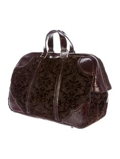 e8a36db4140b Gucci New Brown Crocodile Jacquard Carryall Weekender Top Handle Travel Bag  Luggage Sale, Weekender,. 1stdibs.com