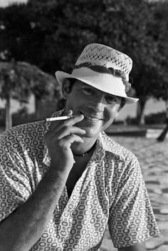 Hunter S. Thompson.