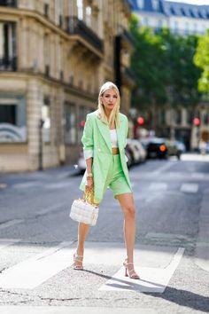 Classy Outfits, Stylish Outfits, Fashion Outfits, Womens Fashion, Female Fashion, Colourful Outfits, Colorful Fashion, Spring Summer Fashion, Spring Outfits