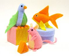 Cat Toy Critters Tutorial and 9 other homemade pet gifts
