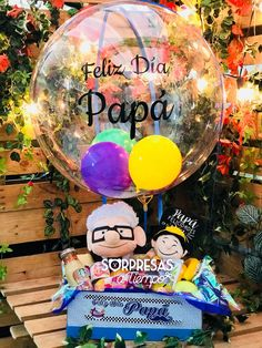 #FelizDíaPapá con #Up y #Russell en Sorpresas a tiempo. Whatsapp (+57) 3014136244. Domicilio en Bogotá.   #GiftShop #Fatherday #Giftforhim #Lovehim #dad #father #breakfast #Surprise Bridal Gift Baskets, Valentine Gift Baskets, Bridal Gifts, Valentine Gifts, Dad Birthday Cakes, 30th Birthday Gifts, Birthday Diy, Princess Birthday Party Decorations, Valentine Decorations