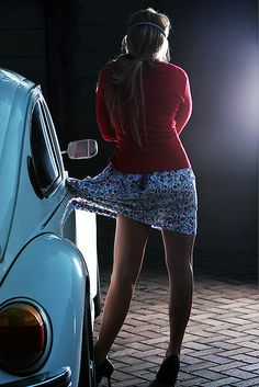Girl with dress caught in car door