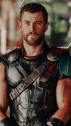 Thor Marvel Movie, Marvel Actors, Marvel Heroes, Marvel Avengers, Bucky, Chris Hemsworth Thor, Marvel Photo, Avengers Cast, Avengers Wallpaper