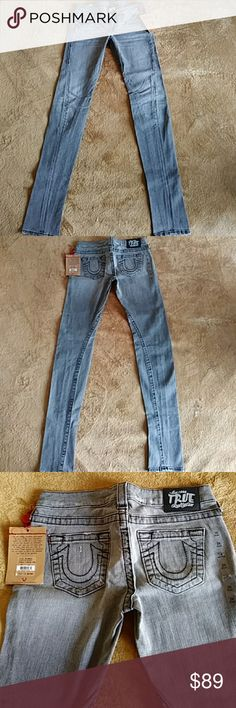 True Religion skinny jeans black/gray size 26 True Religion brand women's size 26 gray skinny jeans with black stiching. New with tag. True Religion Jeans Skinny