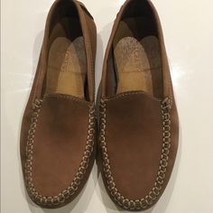 J Crew Moccasins Women's moccasins - in really good condition J. Crew Shoes Moccasins